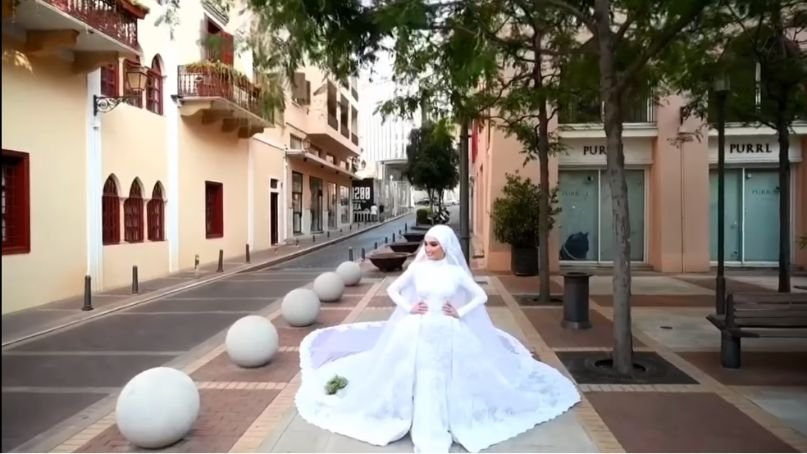 bride's photoshoot goes viral