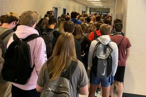 Scared Student Posts Photo of Crowded School, Gets Suspended