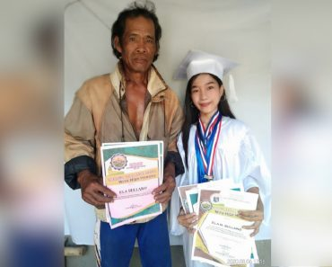 Proud Daughter of Farmer Proudly Shares Graduation Photo to Honor Her Dad
