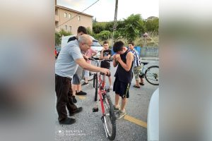 Kid with Old Bike Crashes into Car, But Owner Surprises Him with New Bike