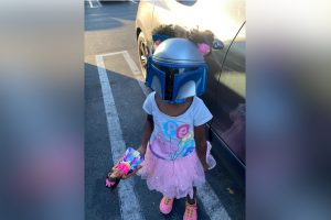 Adorable 5-Year-Old Girl Goes Viral for 'Mandalorian' Mask