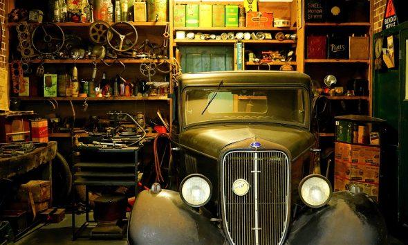 garage workshop