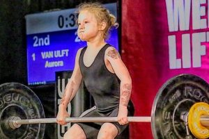 World's Strongest Girl? This 7-Year-Old Girl Impresses Everyone as She Lifts 80kgs