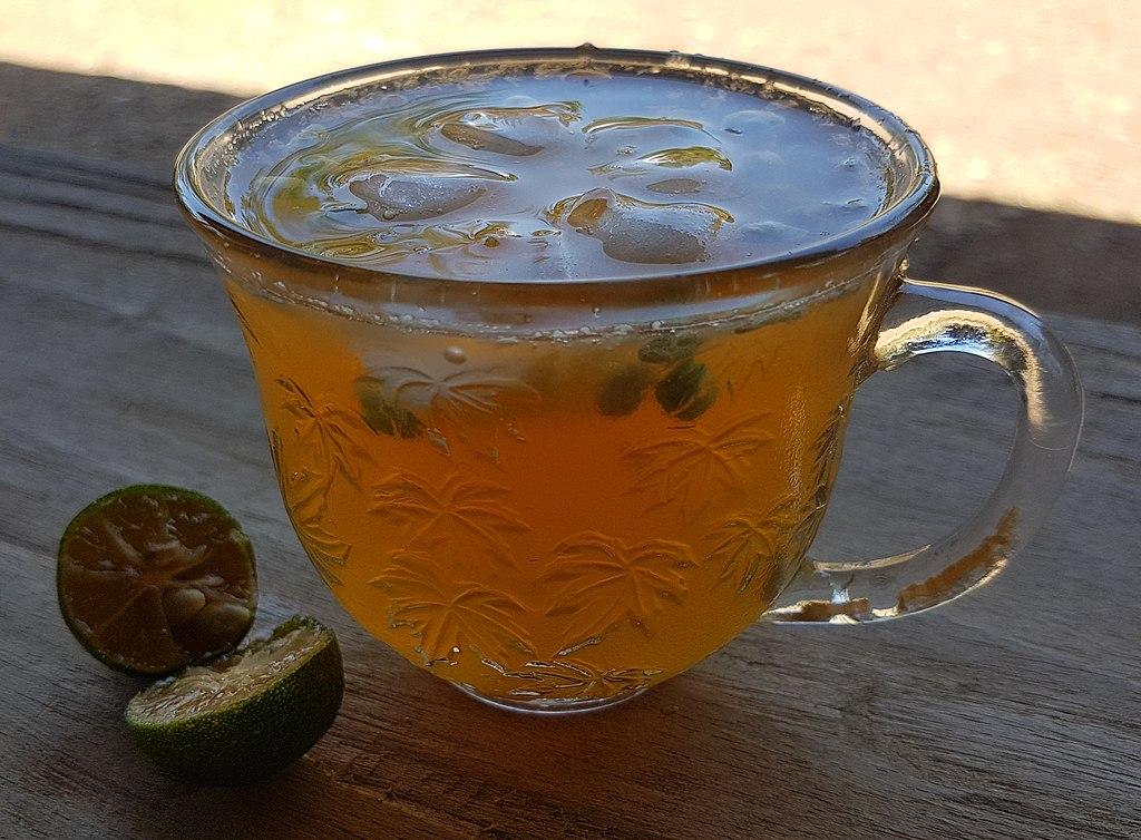 Calamansi_juice_(Filipino_lemonade)